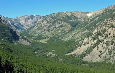 Rock Creek flows through scenic valley in the Beartooth Mountains
