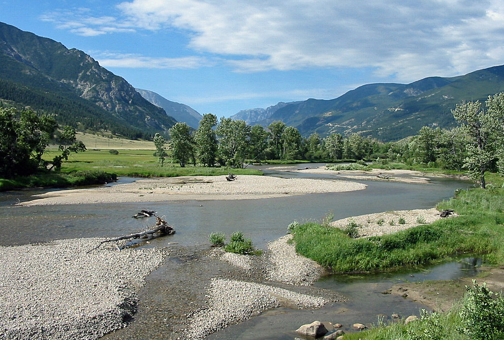 Scenic Views along the Stillwater River in Montana