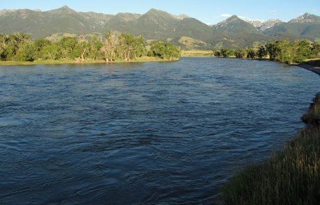 Yellowstone River at Mallard's Rest Fishing Access Site