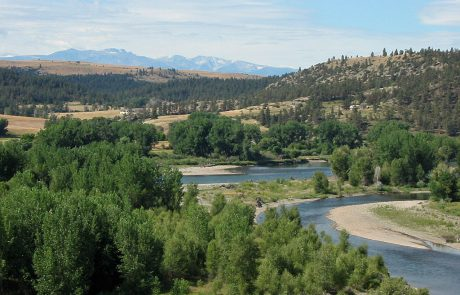 Yellowstone River near Columbus, Montana